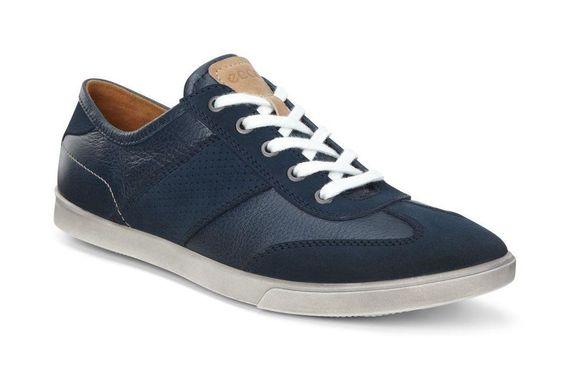 2016-05-30-1464615834-4016556-sneaker2-thumb