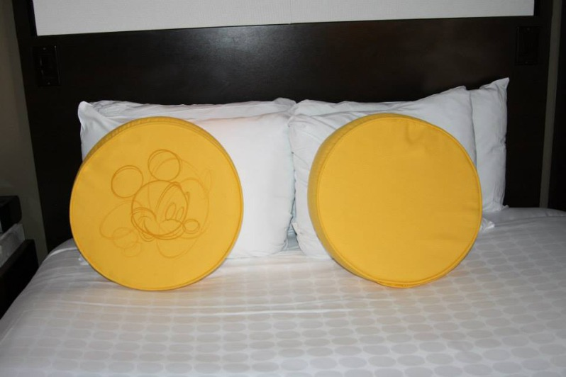 touch-of-mickey-at-the-resort